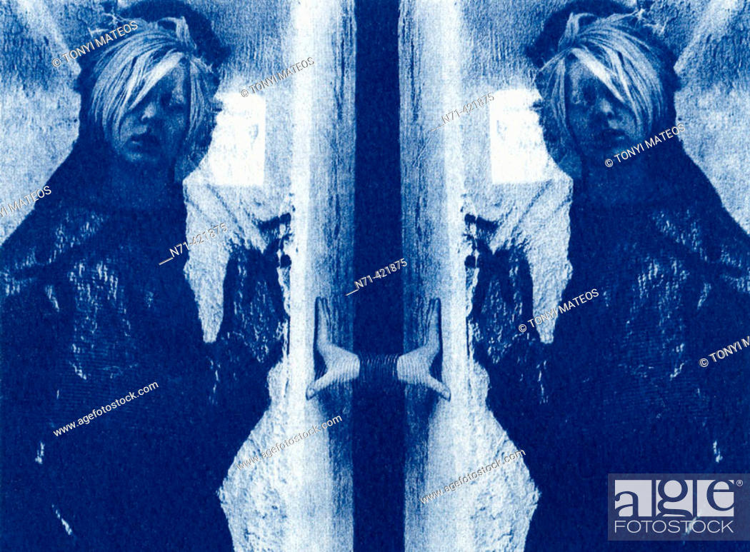 Imagen: Double-exposed cyanotype.