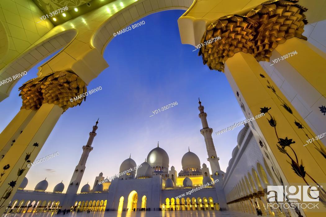 Stock Photo: Abu Dhabi. United Arab Emirates. Sheikh Zayed Grand Mosque at dusk. . January 2020.