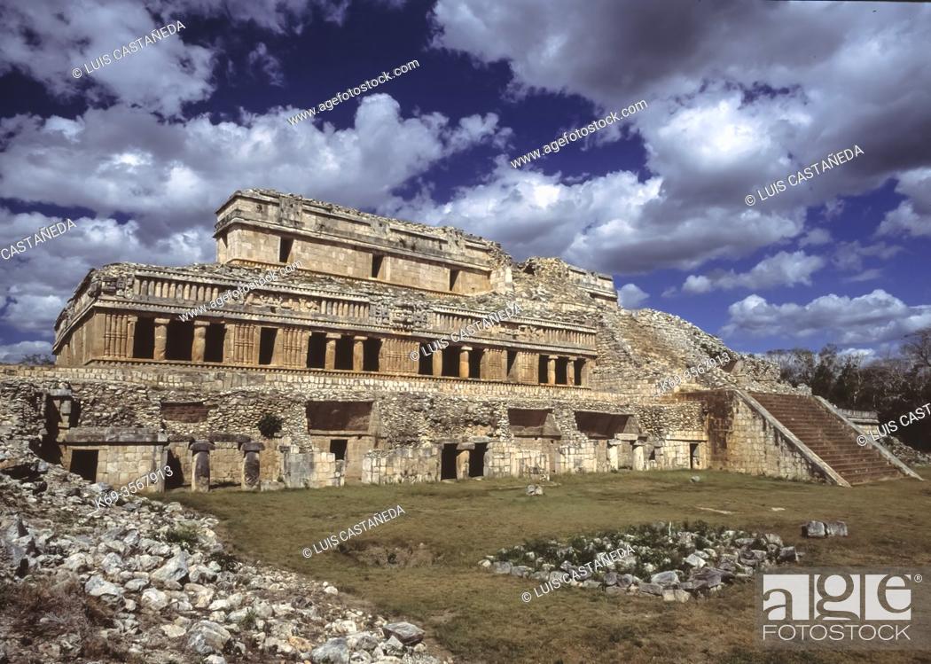 Stock Photo: The Palace. Sayil. Yucatán. Mexico.
