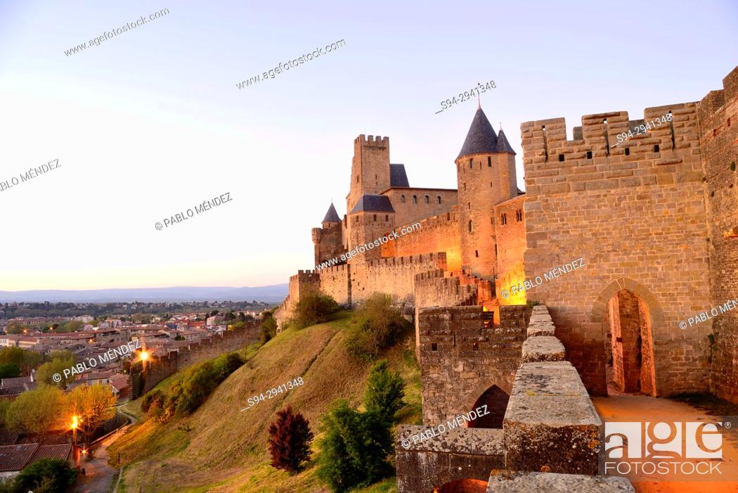 Imagen: Fortified city of Carcassone, Languedoc-Rousillon, France.