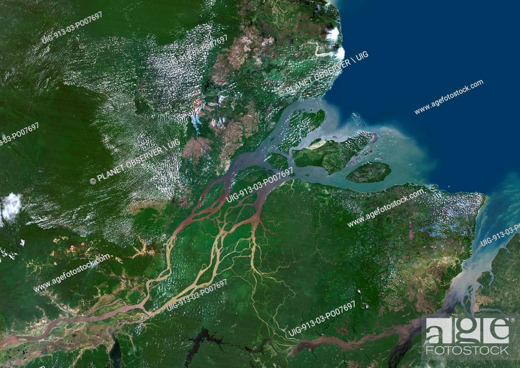 Imagen: Amazon Delta, Brazil.