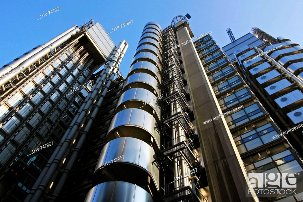 Stock Photo: Lloyd's Building, designed by Richard Rogers, London, England, UK.