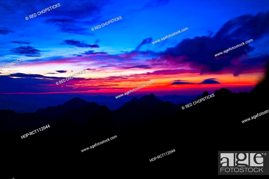 Stock Photo: Silhouette of a mountain range at dusk, Huangshan Mountains, Anhui Province, China.