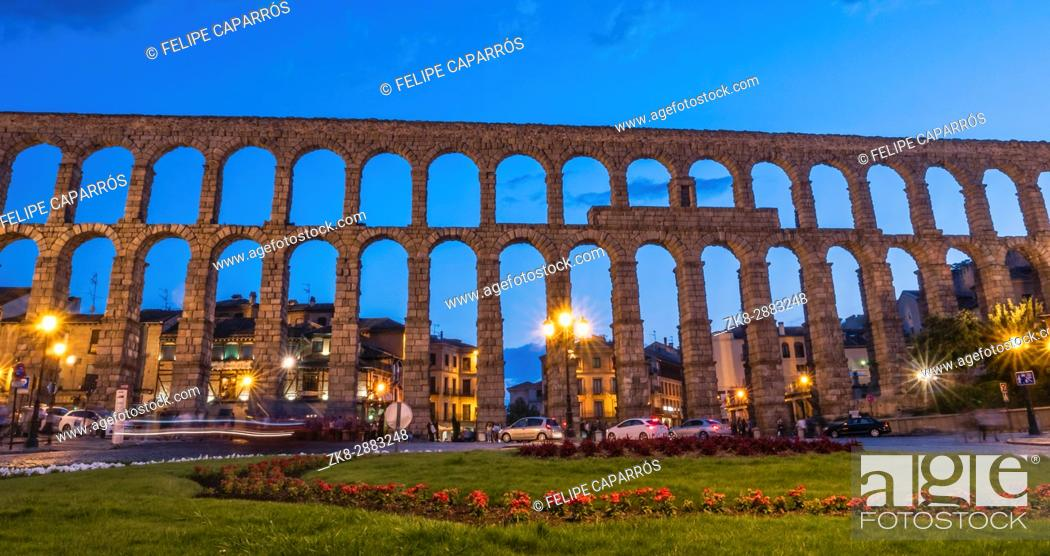 Stock Photo: Partial view of the Roman aqueduct located in the city of Segovia at night , Unesco World Heritage Site, Spain.