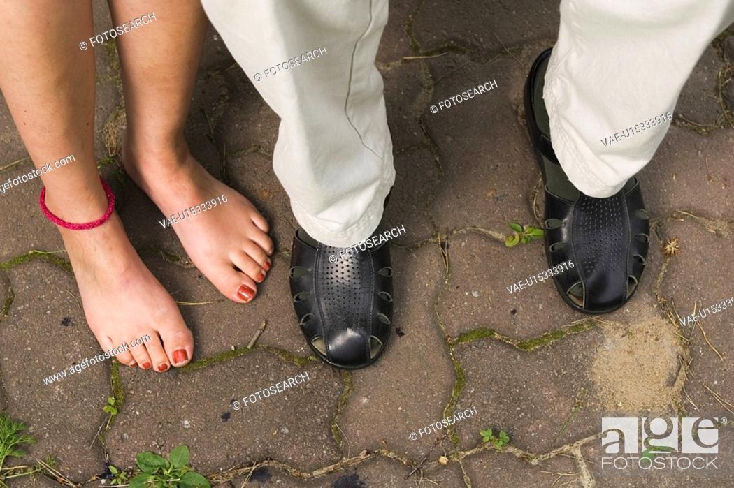 Stock Photo: Barefoot, Casual Clothing, Day, Feet, Footwear.