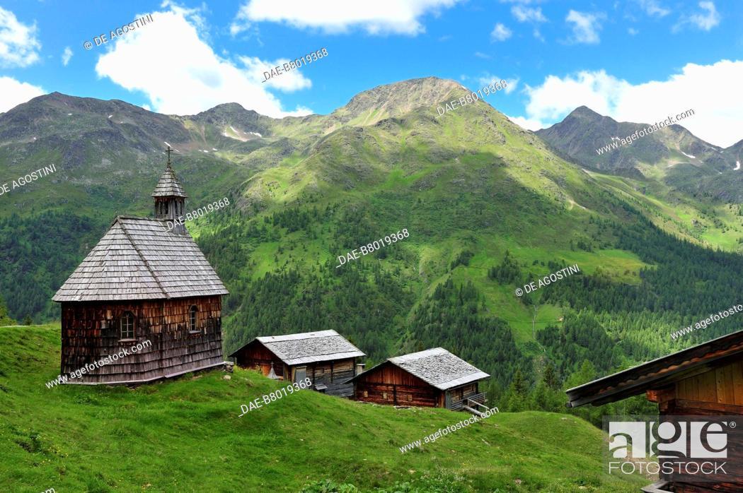 Imagen: Kamelisen Alm church, East Tyrol, Austria.