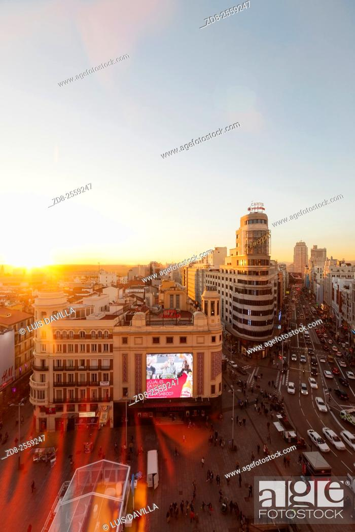 Imagen: gran via street in callao square. madrid. spain.