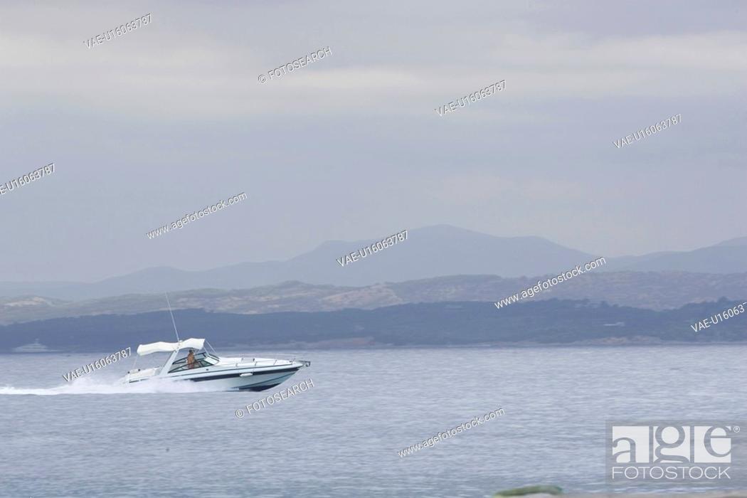 Stock Photo: Day, Horizon Over Land, Mode Of Transport, Mountain.