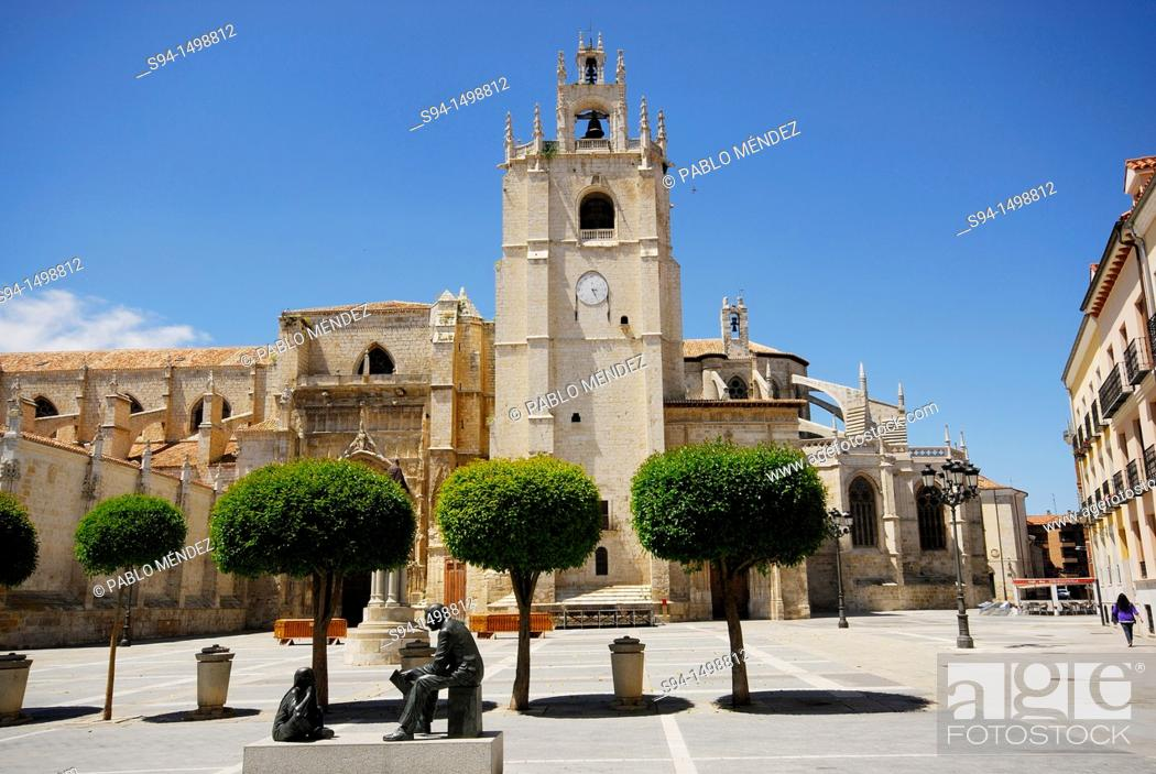 Stock Photo: Cathedral of San Antolín in Palencia city, Spain.