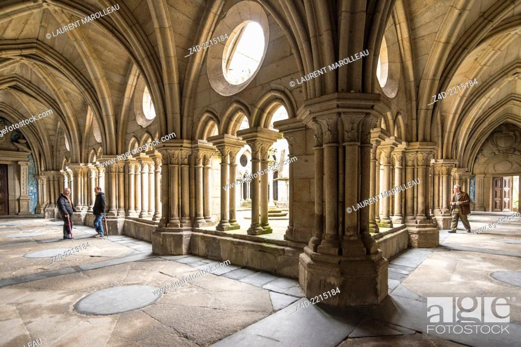 Stock Photo: The Gothic cloister. Sé do Porto - The Porto Cathedral began being built around 1110 under bishop Hugo and was completed in the 13th century.