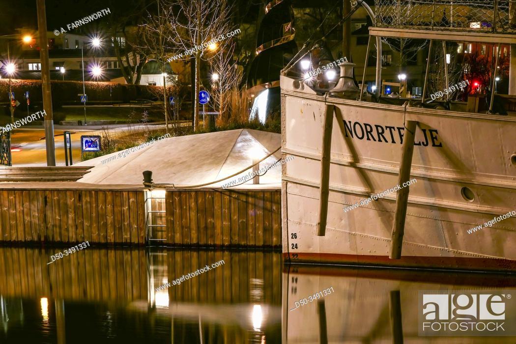 Imagen: Norrtalje, Sweden An old steamer ship, the Norrtelje, docked in the harbour.