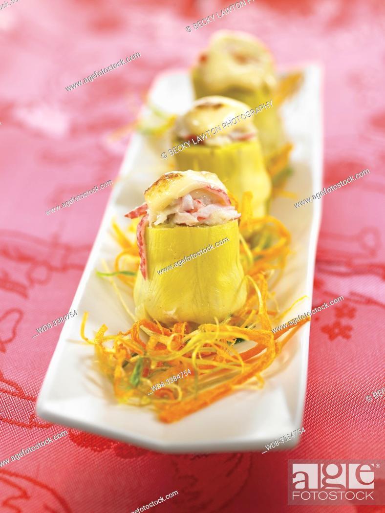 Stock Photo: alcachofas rellenas de txangurro con alioli / txangurro stuffed artichokes with aioli.