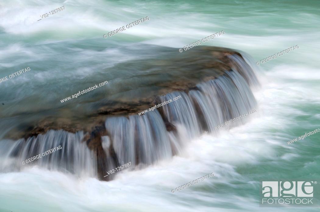 Stock Photo: Kicking Horse River, Yoho National Park, British Columbia, Canada.