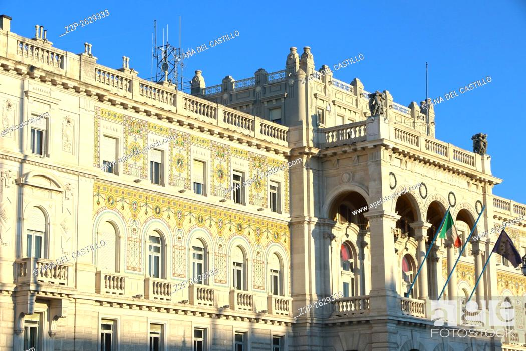 Imagen: Piazza Unita de Italia Main square in Trieste Italy.