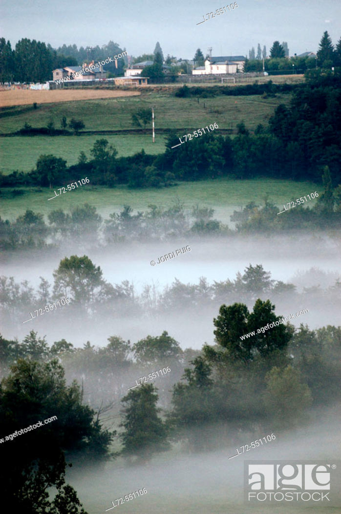 Stock Photo: French Cerdanya. Pyrénées-Orientales. Languedoc-Roussillon. France.
