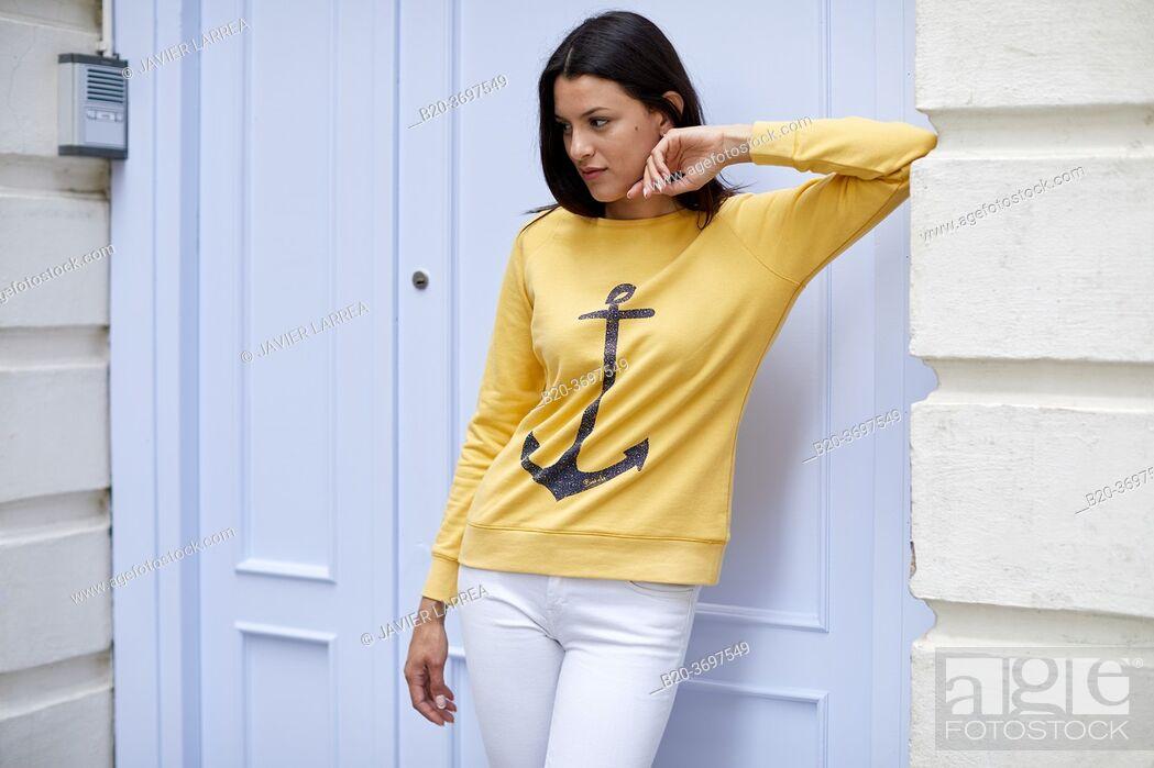 Imagen: Young woman with sailor sweater, Pasaia, Gipuzkoa, Basque Country, Spain, Europe.