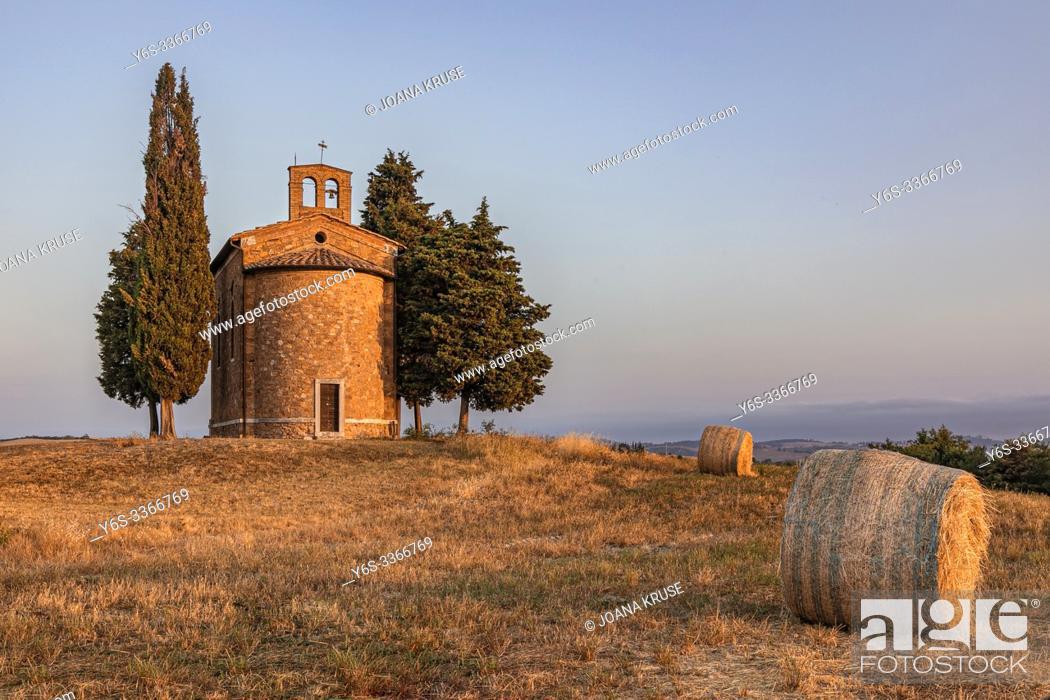 Stock Photo: Cappella della Madonna di Vitaleta, San Quirico, Tuscany, Italy, Europe.