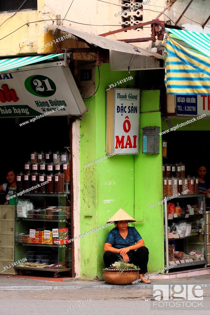 Stock Photo: Street Scene At Old City Hanoi, Vietnam.