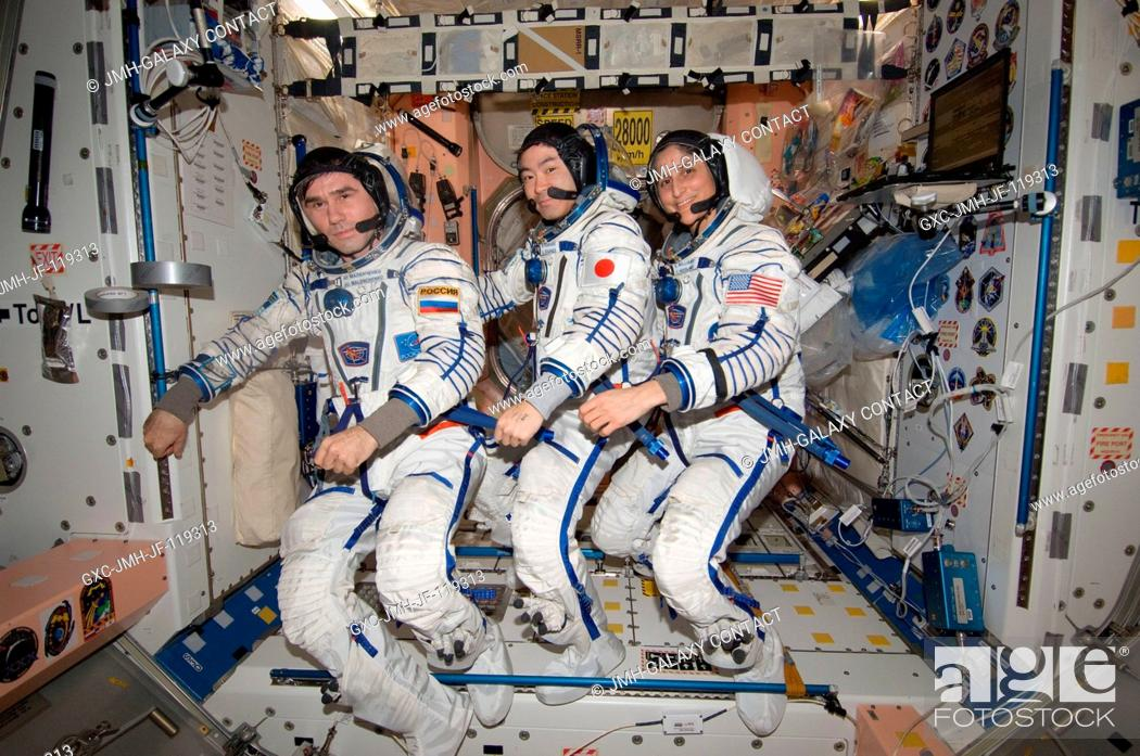 Imagen: In the International Space Station's Unity node, NASA astronaut Sunita Williams, Expedition 33 commander; along with Japan Aerospace Exploration Agency.
