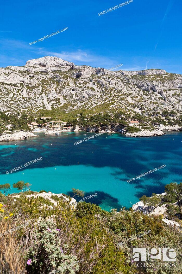 Stock Photo: France, Bouches du Rhone, Calanques National Park, Marseille, Calanque de Sormiou (Calanques National Park since 04/18/2012).