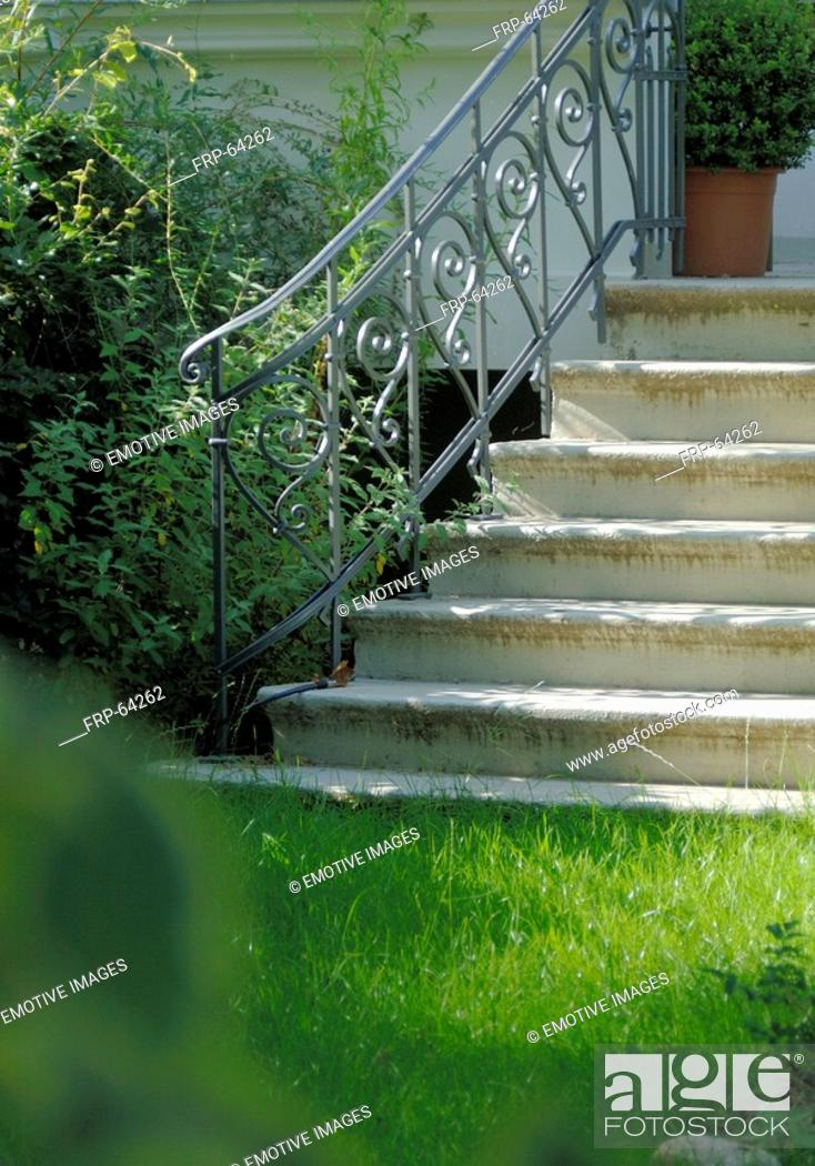 Stock Photo: Stairs leading to the garden.