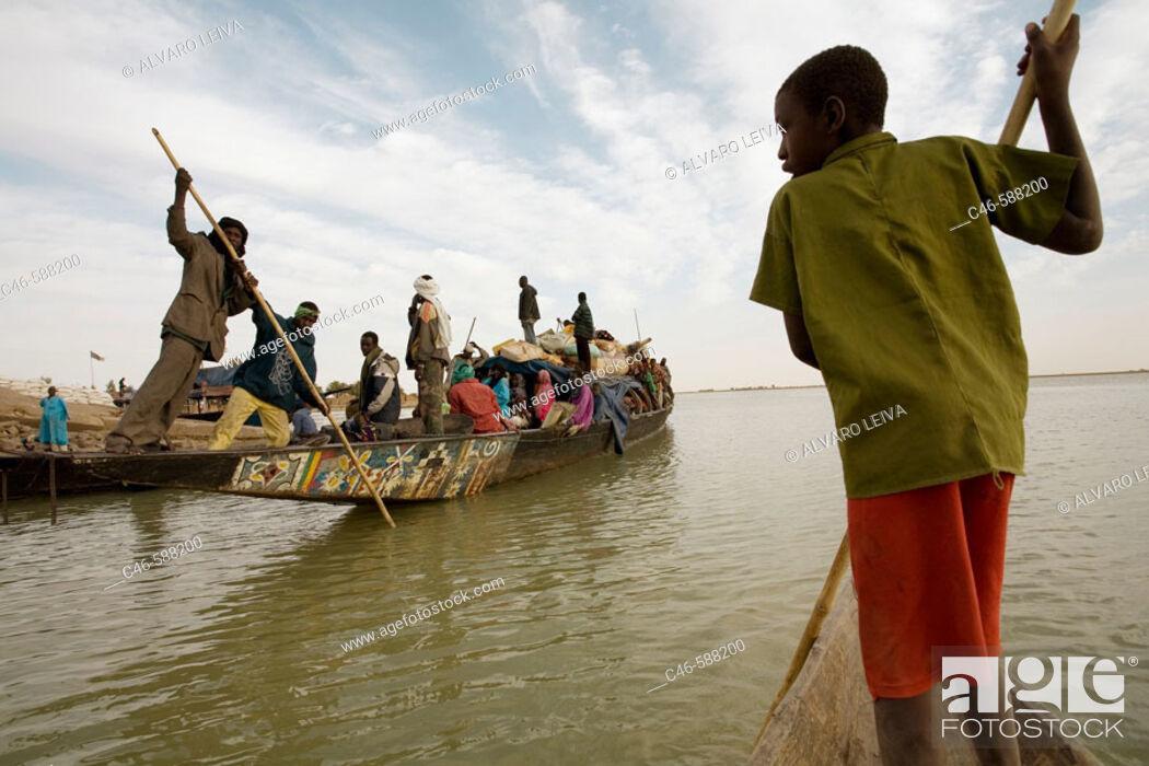 Stock Photo: Niger river near Timbuktu, Mali. Africa.