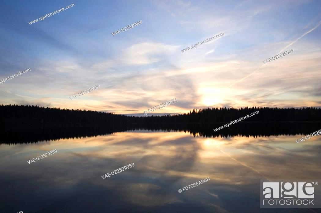 Stock Photo: Blue, Cloud, Dusk, Glow, Horizon.