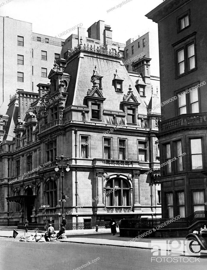 Stock Photo: New York, New York: c. 1929 The Caroline Astor home at 5th Avenue and 65th Street. Built in 1893, it was the grandest mansion on 5th Avenue.