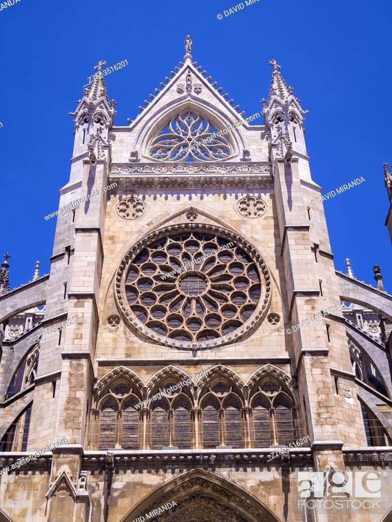 Imagen: Catedral gótica de Santa María (fachada sur). León. Castilla León. España.