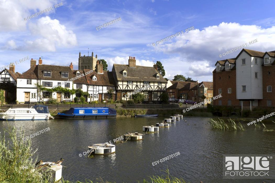 Stock Photo: Picturesque riverside cottages in Tewkesbury, Gloucestershire, Severn Vale, UK.