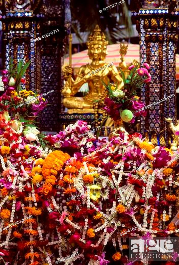 Stock Photo: THAILAND, BANGKOK, ERAWAN SHRINE, OFFERINGS OF FLOWER GARLANDS.