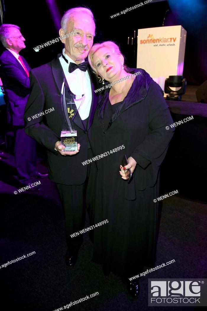 Sonnenklartv Goldene Sonne 2017 Award At Wunderland Featuring