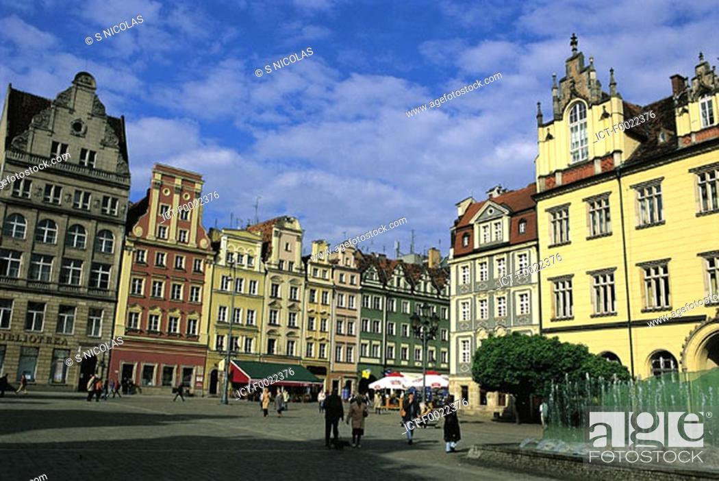 Stock Photo: Poland, Wroclaw, market place.