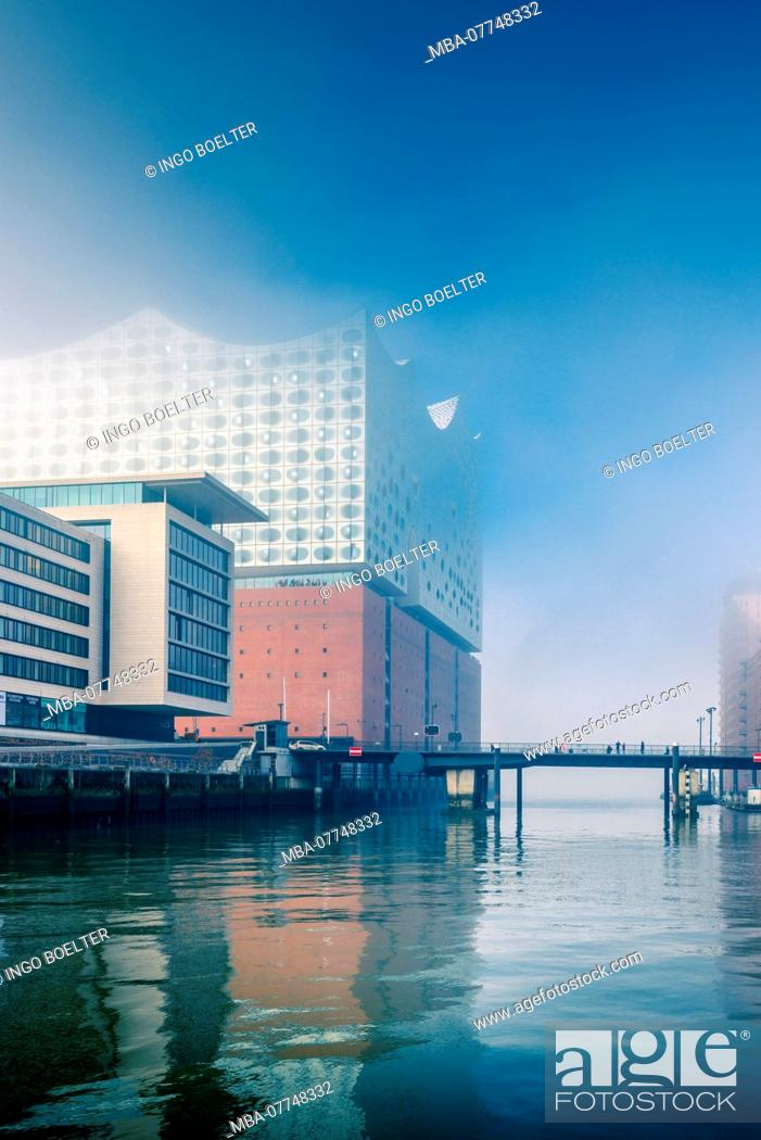 Stock Photo: Germany, Hamburg, the Elbe, harbour, warehouse distict, harbour city, fog, Sandtor, Sandtorhafen, Elbe philharmonic.
