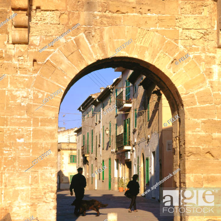 Stock Photo: Gate of the old medieval walls. Alcudia. Majorca. Balearic Islands. Spain.