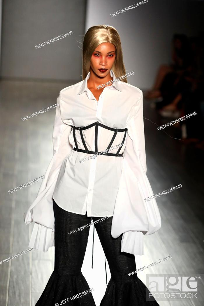 3ac4816fae Foto de stock - New York Fashion Week SS/2018 - Bad Butterfly - Runway  featuring designers Candice Cuoco and Vanessa Simmons Featuring: Bad  Butterfly Runway ...