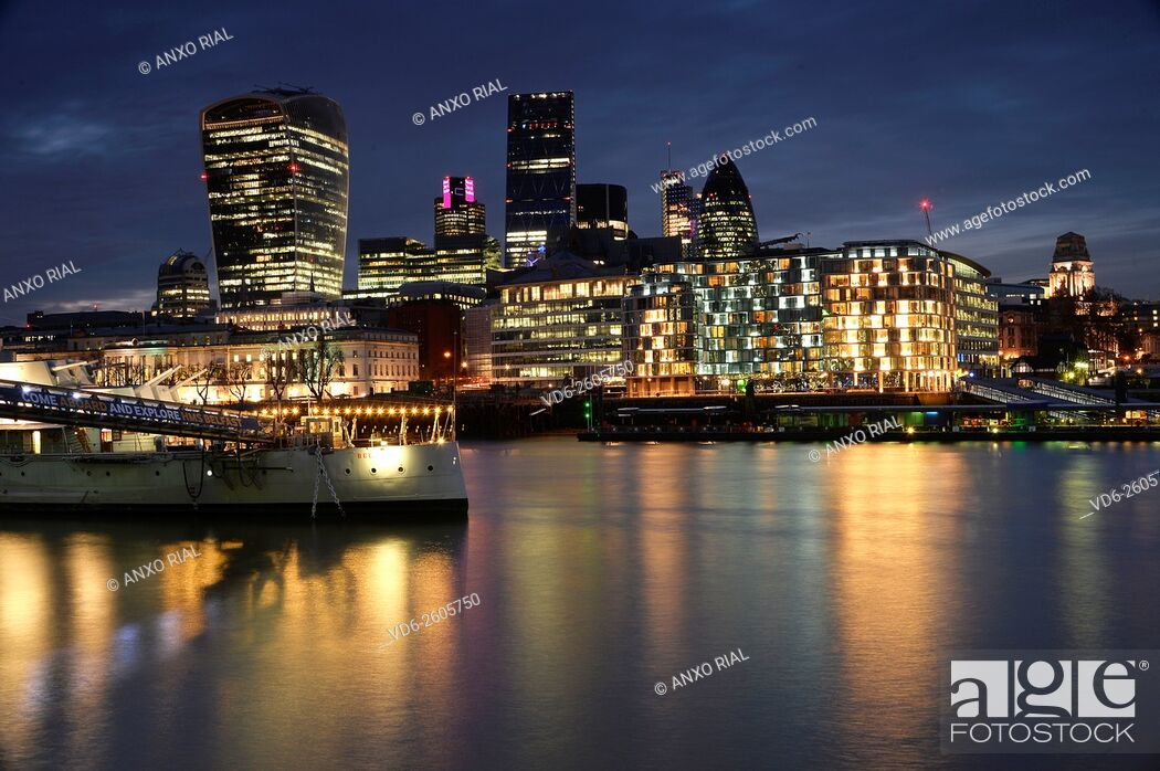 Stock Photo: United Kingdom (Great Britain). England. London and River Thames.