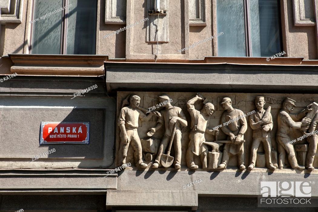 Imagen: Sculptural frieze of men at work, on Panska St, Nove Mesto, Prague, Czech Republic, Europe.