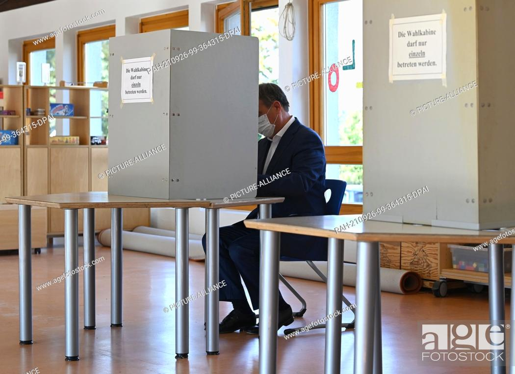 Stock Photo: 26 September 2021, North Rhine-Westphalia, Aachen: Armin Laschet, Federal Chairman of the CDU, top candidate of his party and Minister President of North.