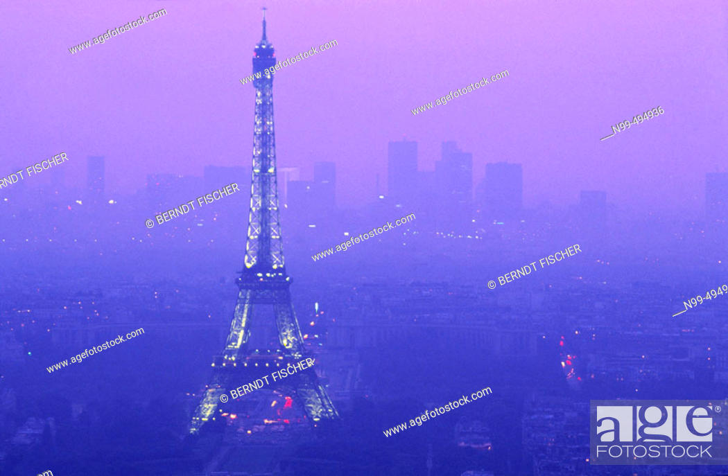 Stock Photo: View from the Montparnasse tower, Eiffel tower, La Défense, Paris. France.