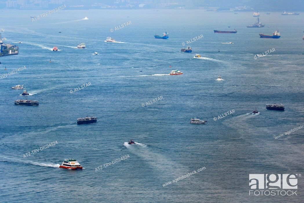 Stock Photo: BOATS, FERRIES & SHIPS IN VICTORIA HARBOUR; HONG KONG, CHINA; 03/05/2015.