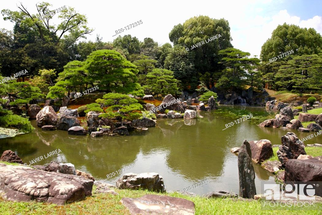 Stock Photo - Ninomaru Garden, Nijo Castle, Kyoto, Japan.