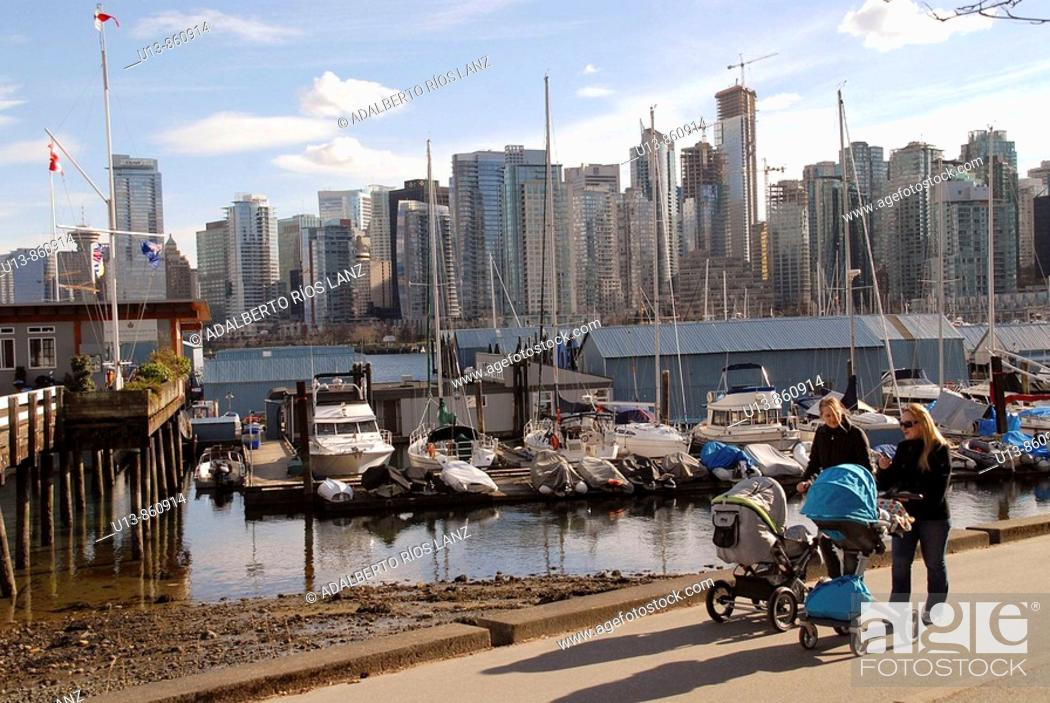 Stock Photo: Panoramic View of Downtown Vancouver form False Creek's docks. British Columbia, Canada.