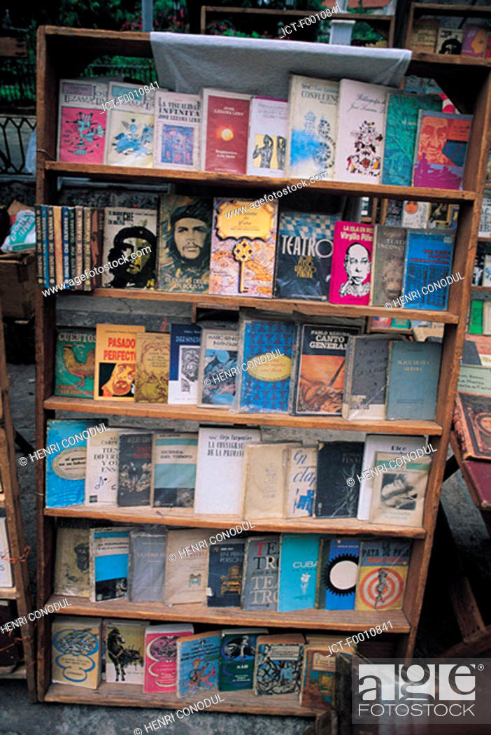Stock Photo: La Havana, revolutionary books.