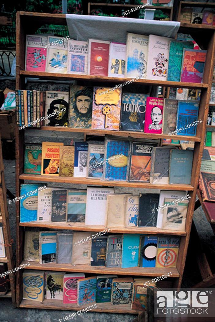 Stock Photo: La Havana, revolutionary books.