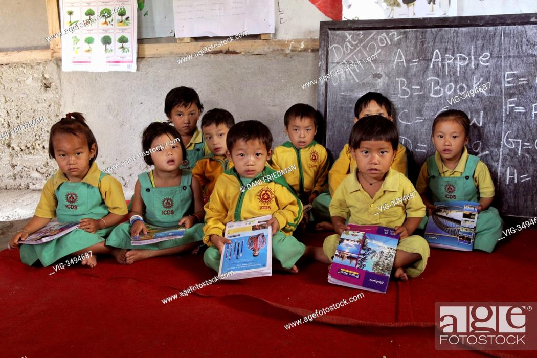 Primary school class at the ICDS (Integration Child