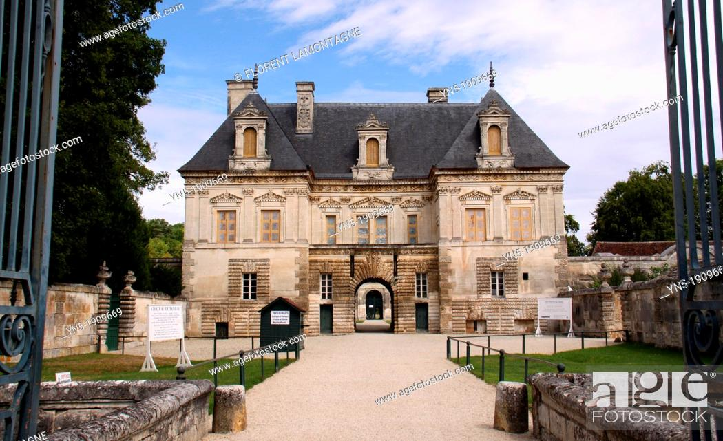 Stock Photo: Tonw of France, Burgundy, Yonne, Tanlay, view of the castle.