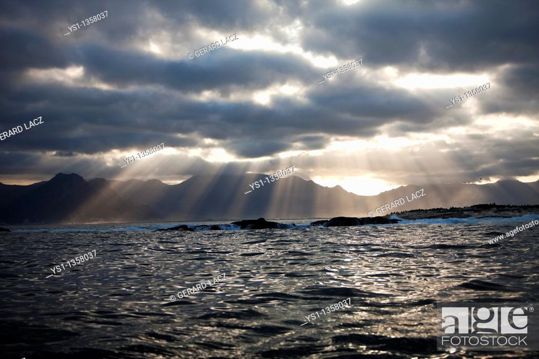 Stock Photo: SUNSET ON SEAL ISLAND, FALSE BAY IN SOUTH AFRICA.