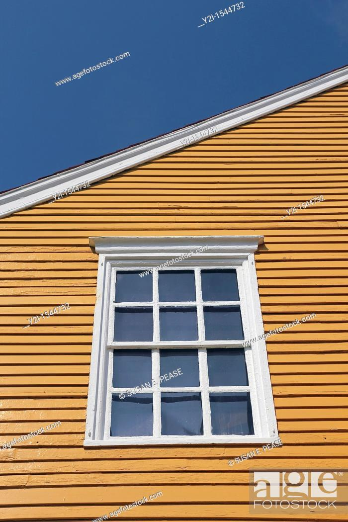 Stock Photo: A window in the Wentworth-Coolidge Mansion, Portsmouth, New Hampshire, United States.