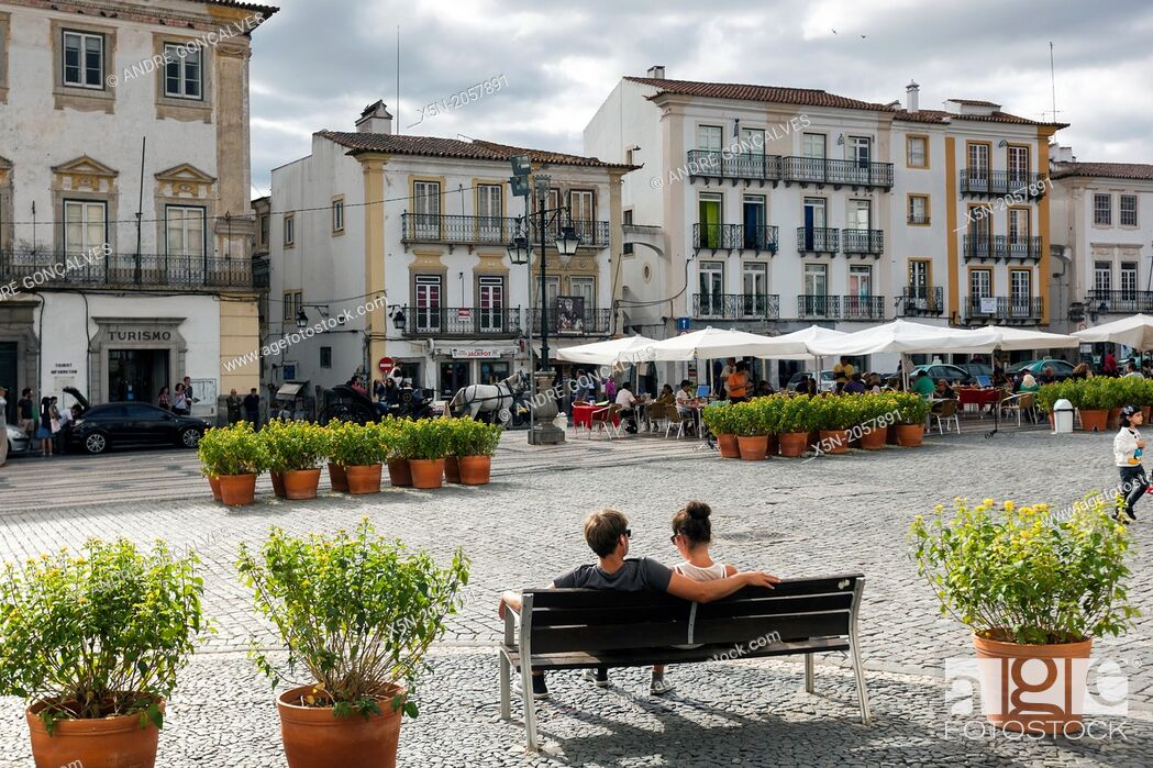 Stock Photo: Praca do Giraldo, Evora, Alentejo, Portugal, Europe.